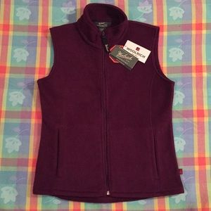 NWT Woolrich vest. Absolutely perfect!  Plum color